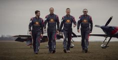 The Flying Bulls Aerobatics Team v novém složení poprvé v Plasích >>> http://plzen.cz/the-flying-bulls-aerobatics-team-v-novem-slozeni-poprve-v-plasich/