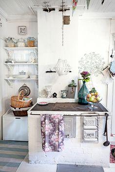 Cottage Style e Shopping di Primavera! Living Room Decor Cozy, Cottage Living, Cottage Style, Scandinavian Cottage, Scandinavian Interior, Cute Kitchen, Kitchen Decor, Sweet Home, Home Comforts