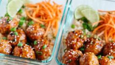 These frozen meatballs with honey and sriracha are sweet, spicy and full of flavor! They also take less than 30 minutes to prepare and are perfect for preparing weekly meals! Pecan Recipes, New Recipes, Bread Recipes, Best Burger Recipe, Burger Recipes, Cheesecake Fruit Salad, Desserts With Few Ingredients, Dessert Cake Recipes, Weight Watchers Meals
