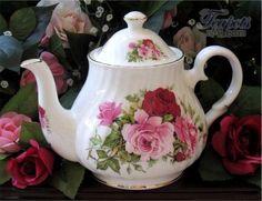 Heirloom Summertime Rose Bone China 6 Cup Teapot