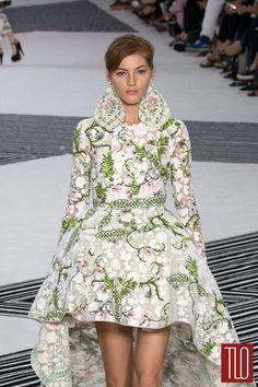 Giambattista Valli Fall 2015 Couture Collection