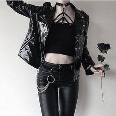 Gothic Fashion 755549274966023884 - Photo Source by paulinetreunet Gothic Outfits, Edgy Outfits, Grunge Outfits, Fashion Outfits, Fashion Tips, Fashion Ideas, Fashion Clothes, Style Fashion, Goth Clothes