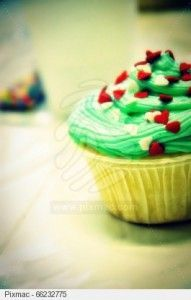 Karácsonyi muffin Muffin, Desserts, Food, Tailgate Desserts, Deserts, Essen, Muffins, Postres, Meals