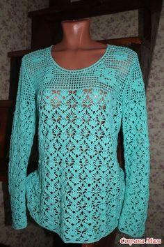 Добрый день, дорогие девченки!!!  Для прохладных дневных и вечерних прогулок я связала ажурный пуловер с филейной кокеткой.  Очень понравилось соединение ажурной вязки с филейкой