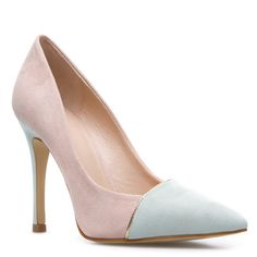 Pink stiletto with pale gray toe