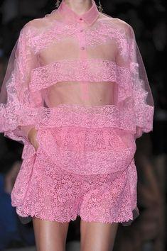 Valentino Spring 2012 - Details