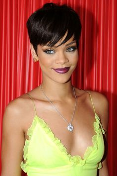 The Beauty Evolution of Rihanna, from Island Girl to Fashion Icon