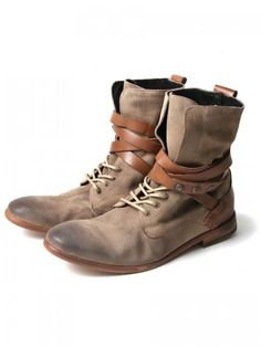 Hudson Yorke Beige. Umm these are some Dave boots right here!