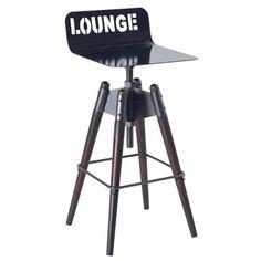 Impressionnante, cette chaise haute loft tout en métal 73cm Oregon ! De style industriel, cette chaise haute en fer et tanoak trouvera sa place auprès d'un bar et pourra aussi servir comme tabouret d'appoint. D'un sublime effet télescopique, ce mobilier loft est avantagé d'un piétement cylindrique incliné du plus bel effet, surmonté d'un châssis laqué noir pour un effet lustré chatoyant.