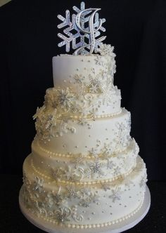 AMAZING snowflake wedding cake