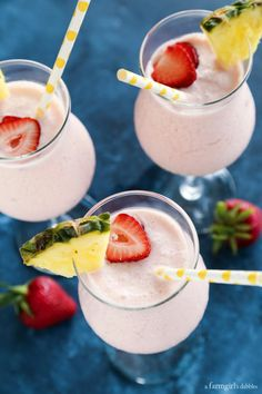 Pink Panther Mocktail (like a strawberry-infused piña colada!) from afarmgirlsdabbles.com