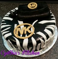 Michael kors cake with edible clutch