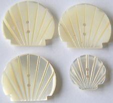 LOT DE 4 BOUTONS EN NACRE BLANCHE FORME COQUILLE - 1 x 14 mm - 3 x 20 mm