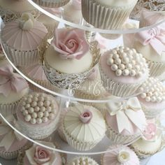 Cupcakes! Cupcakes! Cupcakes!