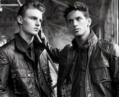 BELSTAFF - Founded in 1924 in Staffordshire, UK, Belstaff produced all-weather jackets for motorcyclists, and was the first company to ever use waxed cotton. The company later created weather-protective jackets for other uses, goggles (primarily for the growing aviation market), gloves and several other garments intended to keep the wearer warm, dry and safe. The company is now Italian-owned and based in Mogliano Veneto.