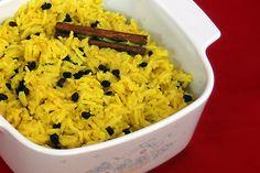 South African Yellow Rice with Raisins South African Dishes, South African Recipes, Ethnic Recipes, Salted Caramel Chocolate Tart, Chocolate Tarts, Salted Caramels, No Salt Recipes, Rice Recipes, Savoury Recipes