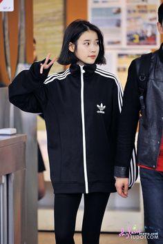 ღ Usagi Jieun ღ Kpop Fashion, Korean Fashion, Fashion Beauty, Fashion Outfits, Womens Fashion, Airport Fashion, Korean Celebrities, Kpop Outfits, Airport Style