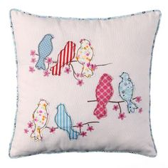 How to make a pillow or cushion with Piping attached - Sewing Method Applique Cushions, Cute Cushions, Patchwork Cushion, Sewing Pillows, Vogel Quilt, House Quilt Patterns, Designer Bed Sheets, Cushion Cover Designs, Bird Pillow