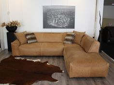 30 Small Sectional Sofas to Match with Various Designs and Style Blue Living Room, Costal Living, Sofa Furniture, Couch, Brown Leather Couch, Home Decor, Home Design Diy, Living Room Designs, Room
