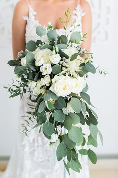 Hottest 7 Spring Wedding Flowers---white roses cascading bridal bouquets with greenery for spring weddings, diy bridal bouquets wedding bouquets Hottest 7 Spring Wedding Flowers to Rock Your Big Day Cascading Wedding Bouquets, Cascade Bouquet, Spring Wedding Flowers, Wedding Flower Arrangements, Bride Bouquets, Bridal Flowers, Flower Bouquet Wedding, Floral Wedding, Wedding Colors