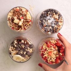 This easy overnight oats recipe is a healthy simple breakfast that you can make ahead for busy mornings and customize with many add-ins and toppings! Overnight Oats Oatmeal Breakfast Ideas Healthy Breakfast Breakfast on-the-go # Easy Healthy Breakfast, Healthy Meal Prep, Healthy Drinks, Nutrition Drinks, Dinner Healthy, Eating Healthy, How To Eat Healthy, High Protein Vegetarian Breakfast, Simple Healthy Recipes