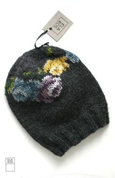 ELA KOS- inspiration only Bonnet Crochet, Knit Crochet, Crochet Hats, Knitting Designs, Knitting Projects, Wooly Bully, Knitting Accessories, Knit Beanie, Yarn Crafts