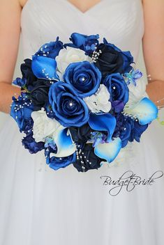 Royal Blue Bouquet, Blue Flowers Bouquet, Royal Blue Flowers, Prom Flowers, Blue Wedding Flowers, Flower Bouquet Wedding, Frozen Wedding Theme, Royal Blue Wedding Shoes, Royal Blue Bridesmaids