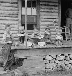 Dorothea Lange Library of Congress | Watermelon, eating North Carolina Dorothea Lange (Library of Congress)