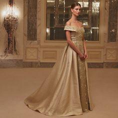 252688716e49d 11 en iyi Viola Chan Premium SS18 görüntüsü | Curve prom dresses ...