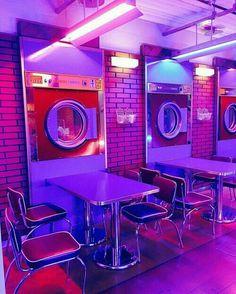 gambar purple, aesthetic, and neon Purple Aesthetic, Retro Aesthetic, Aesthetic Photo, Aesthetic Pictures, Blue Aesthetic Tumblr, Photography Aesthetic, Vaporwave, Neon Licht, Deco Restaurant