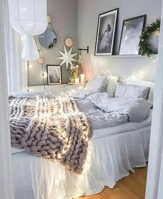 Light, minimal, soft and cozy!! Just needs a little pop of color