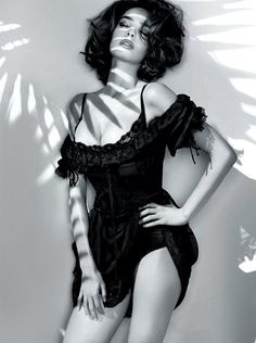 guess by marciano....sexy boudoir