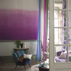 Tapeta Designers Guild Patterned Wallpaper Vol. I , pink ombre wallpaper