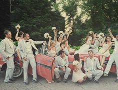 This is such a cute picture of the bridal party!