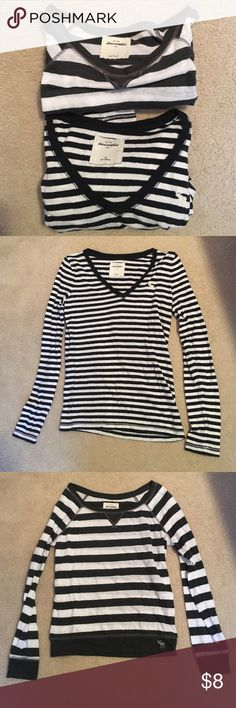 Bundle of Two Abercrombie Kids Striped Tops Both shirts are long sleeved and striped. The top shirt is a Large in kids and is white and dark grey. The bottom is an XL in kids and white and navy. They fit the same! abercrombie kids Tops Tees - Long Sleeve