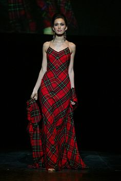 Tartan Dress by Amanda@ScotClans, via Flickr - I totally need this for Burns Night!