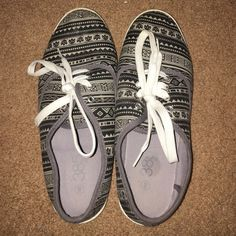 Aztec Print Sneakers Slightly used Aztec print sneakers. In good condition! I ship Monday through Friday, and you get a 15% discount if you purchase two or more items! Taking price listed or a reasonable offer. :) Shoes Sneakers