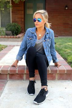 Sunglasses Style: My favorite looks with Maui Jim - style Blue Aviator Sunglasses, Maui Jim Sunglasses, High Fashion Looks, Blue Fashion, Blue Aviators, Casual, How To Wear, Life Lessons, Clothes