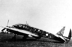 Oggi 31.03 vogliamo parlarvi dell'aereo Caproni Ca.313, monoplano bimotore della II guerra mondiale, impiegato principalmente nel ruolo di ricognitore. Il primo prototipo volò il 22 dicembre 1939. Con le insegne italiane il Ca.313 fu impiegato soprattutto nel 41º Stormo Bombardamento Terrestre. wwiivehicles.com