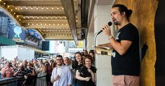 How to Get Cheap Tickets to Broadway Shows (Even 'Hamilton') - The New York Times
