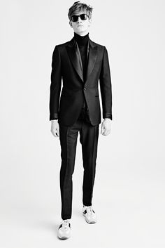 Ah, to own a Tom Ford suit one day. Tom Ford Fall 2015 Menswear - Collection - Gallery - Style.com