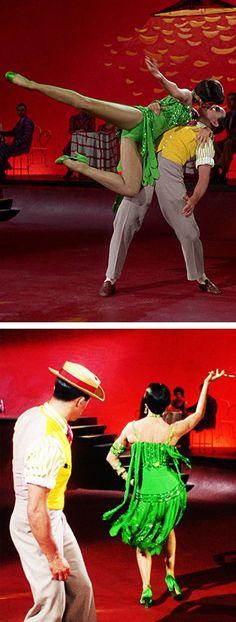 """Gene Kelly & Cyd Charisse in """"Singin' In The Rain"""""""