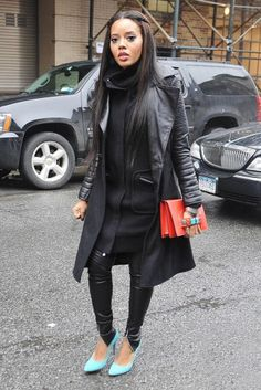 Image from http://cdn.mommynoire.com/wp-content/uploads/2014/01/angela-simmons-street-style-11.jpg.