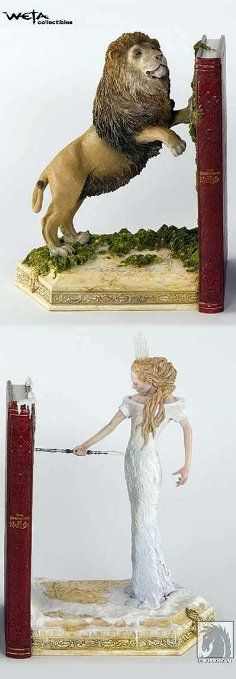 Amazon.com : The Chronicles of Narnia The Lion, The Witch and The Wardrobe Bookends : Decorative Bookends : Toys & Games