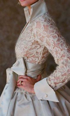 Ideas For Fashion Dresses Formal Glamour Wedding Gowns Fashion Details, Look Fashion, High Fashion, Trendy Fashion, Classy Fashion, Fashion Vintage, Luxury Fashion, Beautiful Gowns, Beautiful Outfits