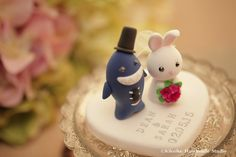 Wedding Cake Topper-love shark & rabbit