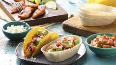 From margaritas to mole and every delicious Mexican dish in between, pulling together a killer Cinco de Mayo party menu has never been easier.