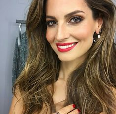 Red lips  #AriadneArtiles