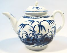 Lot 26 - An 18thC Worcester blue and white teapot, Candle Fence pattern, the compressed circular lid raised above a bulbous body with plain handle and spout, typically decorated on circular foot, open crescent mark beneath, 17cm high.