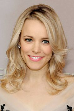 Rachel McAdams proves shoulder-length strands are just as sexy as long locks